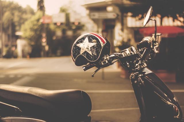 5 choses à vérifier avant d'acheter un casque de moto